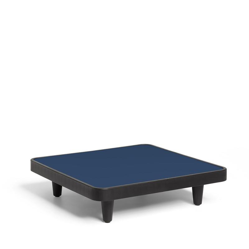 Hier sehen Sie den Artikel Paletti -  Clubtisch aus der Kategorie Outdoor Möbel. Dieser Artikel ist erhältlich bei fatboy-schweiz.ch