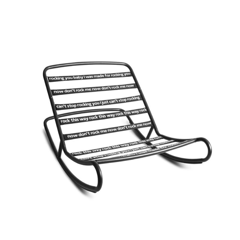 Hier sehen Sie den Artikel Rock  n Roll Schaukelstuhl aus der Kategorie Sitzsäcke. Dieser Artikel ist erhältlich bei fatboy-schweiz.ch